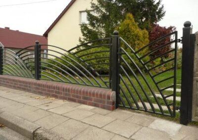 1d153a_nowoczesne-ogrodzenia-metalowe-zdjecia_InPixio